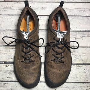Ecco Biom Natural Motion Distressed Leather Shoes